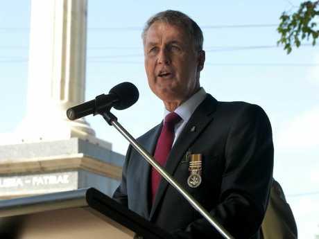 Mackay Mayor Greg Williamson speaking Anzac day ceremony Photo Tony Martin / Daily Mercury