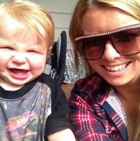 Gemma Louise Rane with son, Chayse. (Photo: Facebook.)