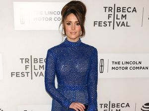 Rose Byrne: Men get better roles