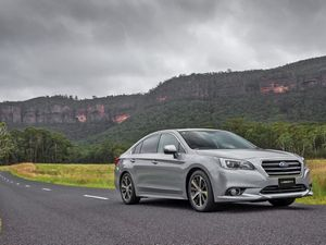 MY16 Subaru Liberty 2.5i Premium road test and review