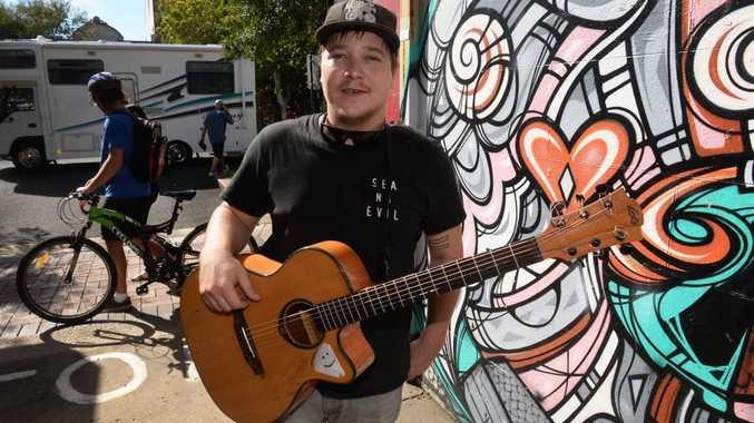 FACES OF BUNDY: Busker Jack Hardy. Photo: Mike Knott / NewsMail