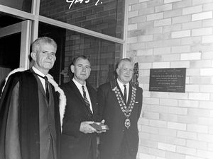 Deputy Premier opens new Northern Rivers school in 1965