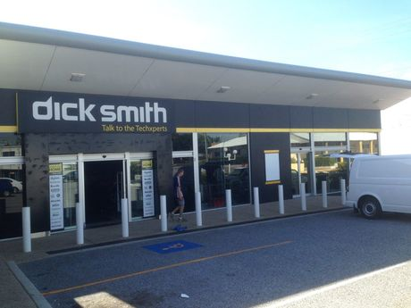 Dick Smith is officially gone from Gladstone with all products, shelves and fittings being removed from the Herbert St store yesterday. Receivers Ferrier Hodgson announced in early January the electronics chain went intol volunatry adminsitration. Ferrier Hodgson failed to find a buyer for Dick Smiths and was forced to close the 301 stores across Australia. Photo Campbell Gellie / The Observer