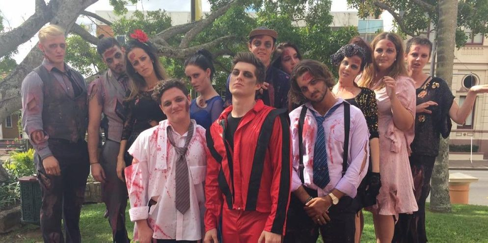 COSTUME WINNER: Large Group five persons or more was team Thriller. They were awarded $1000. Photo Contributed / World's Greatest PubFest 2016.