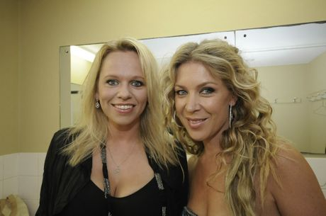 Ready to perform at the Ballina RSL club on Sunday night Country singers Beccy Cole,and Gina Jeffreys.