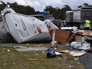 Truck smashes into caravan on the Cunningham Hwy