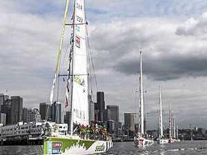 Clipper teams battling light winds