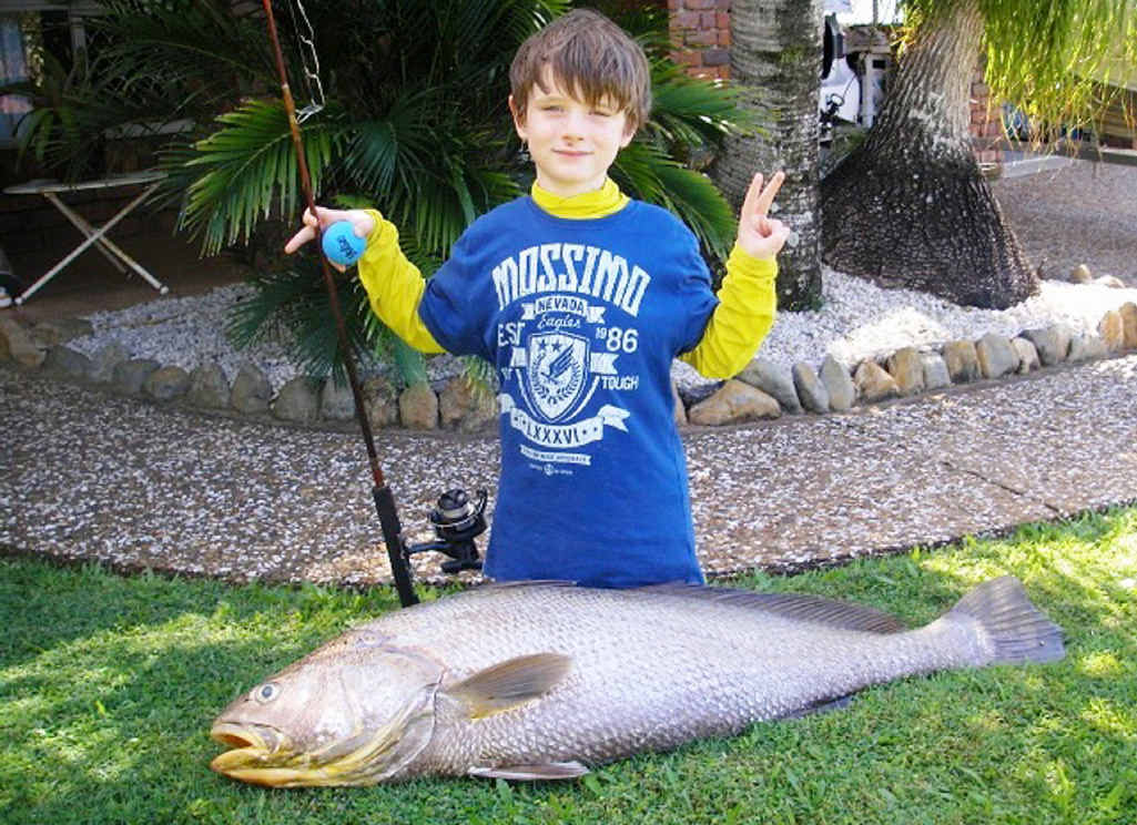 Oliver Zonca caught this 17kg Black Dew and landed the fish with help from his father John.