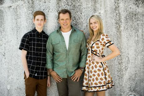 800 words channel 7 tv guide