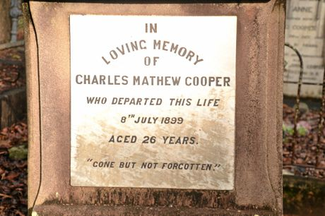 The burial place of Charles Mathew Cooper who died while felling a tree