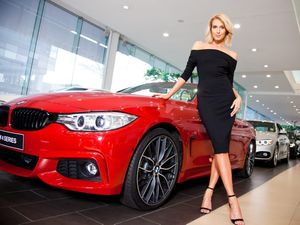 Stars Cars: Miss World Australia Erin Holland