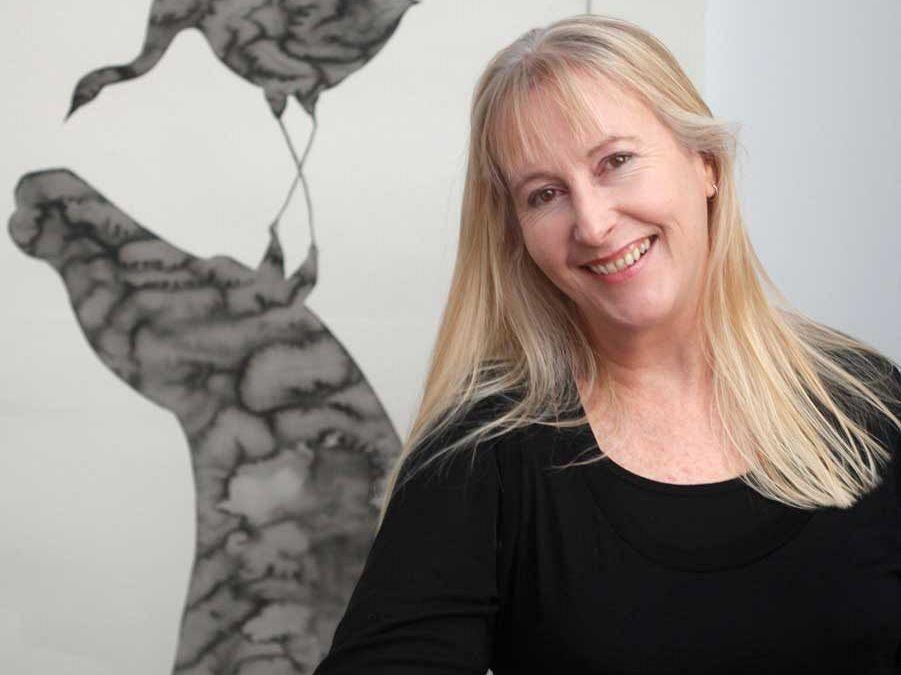 Winning artist Anna Glynn