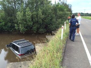WATCH: Lucky escape for driver as car crashes into river