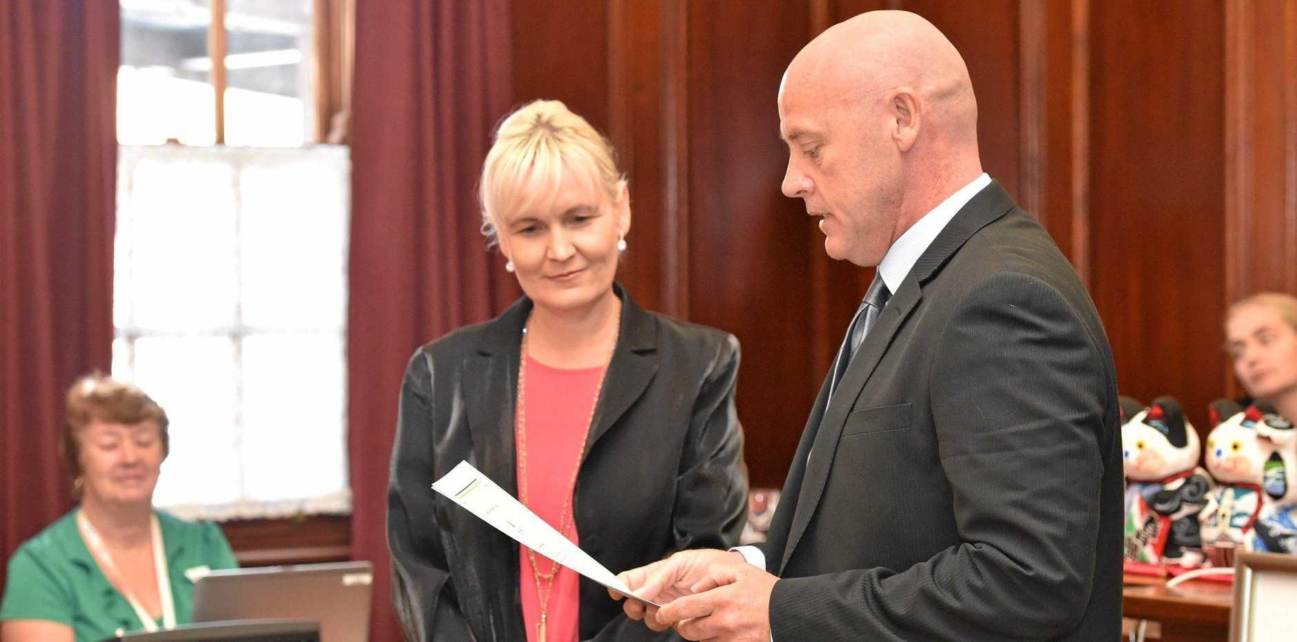 Fraser Coast Regional Council - Cr. Darren Everard is sworn in. Photo: Alistair Brightman / Fraser Coast Chronicle