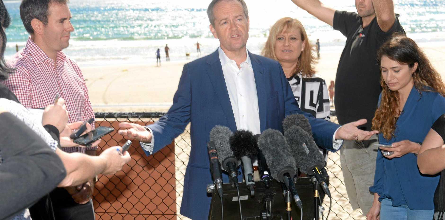 Opposition leader Bill Shorten with Richmond MP Justine Elliot in Kingscliff on Sunday, May 15, 2016.