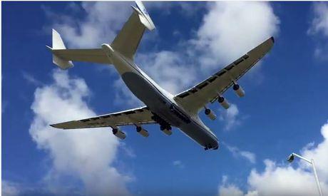The Antonov An-225 Mriya flies over Perth before landing on Sunday.