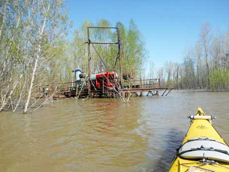 Steve Posselt on the flooded Mississipi on his epic kayak trip up the famous river.