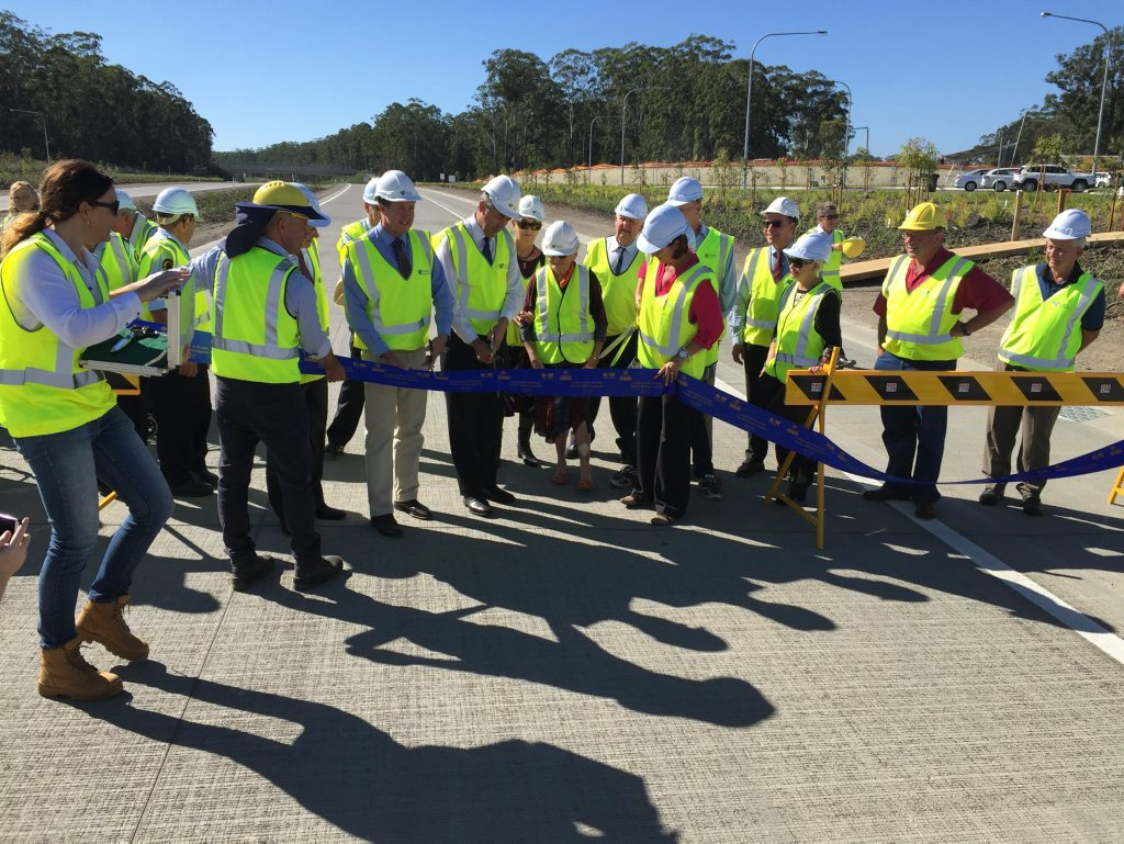 Luke Hartsuyker and Darren Chester opening the Frederickton to Eungai Section of Pacific Hwy Upgrade on Monday.