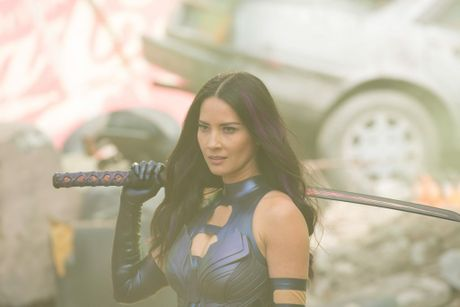 Olivia Munn in a scene from the movie X-Men: Apocalypse.