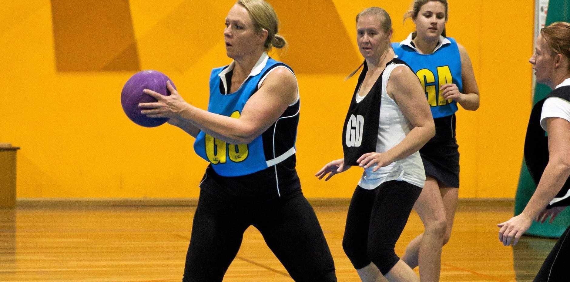 Linda Bunch in possession for Doorslammers in Warwick netball.