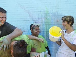 Throwing paint for headspace