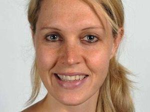 Australian uni lecturer has died climbing Everest