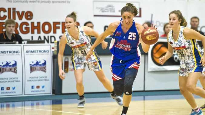 Estela Royo Torres, Mountaineers. Basketball Mountaineers vs Townsville.  Saturday May 7 , 2016.
