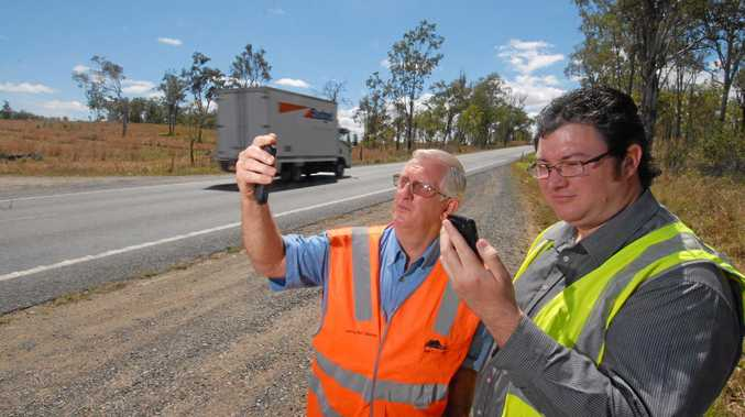 Mobile phone black spots in regional areas to get more funding.