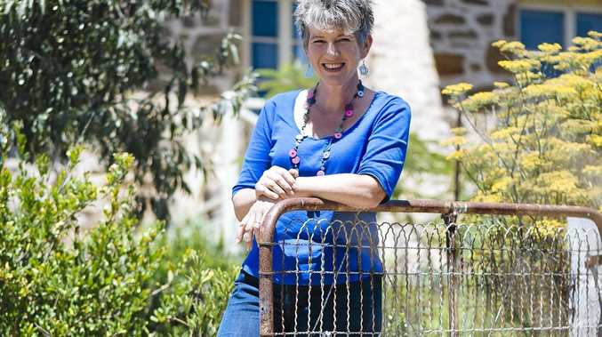 Queensland Garden Expo organisers have announced revered horticultural expert and Gardening Australia presenter Sophie Thomson will join the 2016 event's speaker line-up.