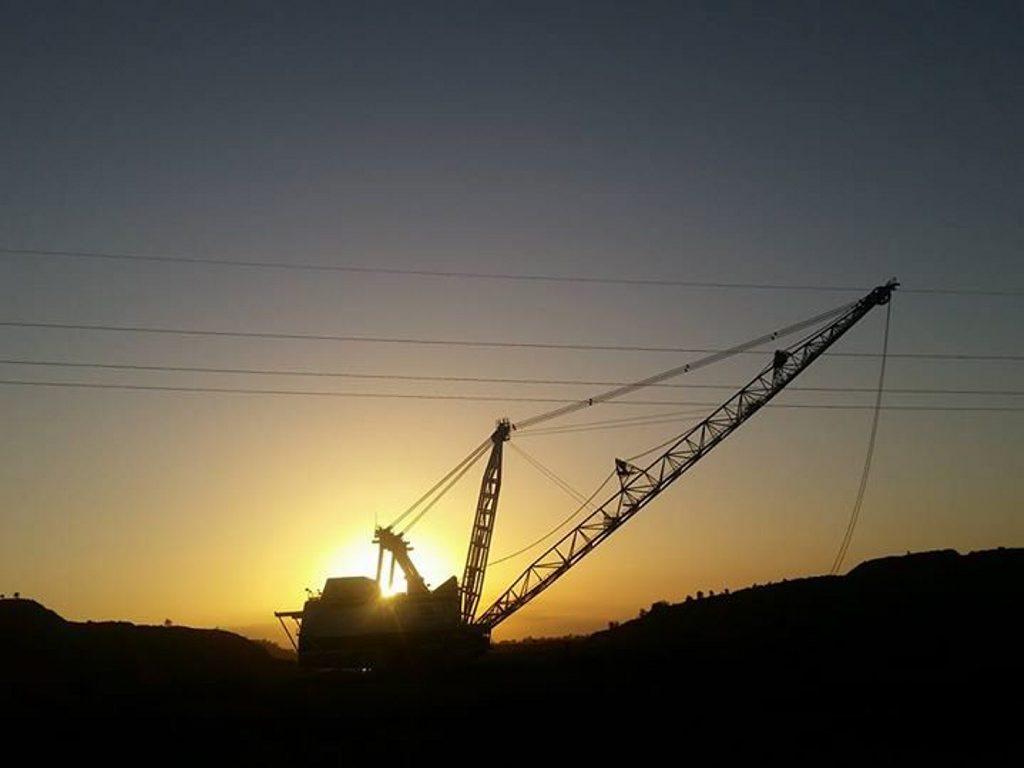 Sunrise at Goonyellla mine photo by Dirk Flanders. Photo Contributed