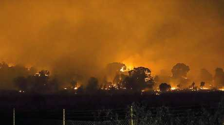 The Paroz Rd Fire, captured by Garry Watson, from the top end of William St, Laidley.