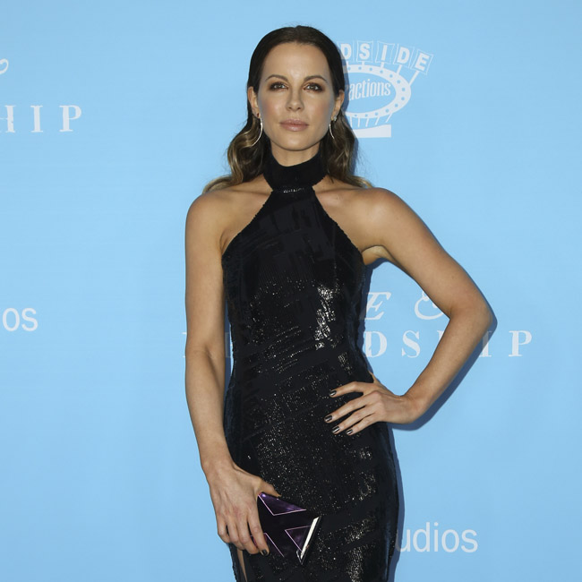 Actor Kate Beckinsale revealed the sexist comments of director Michael Bay during an episode of the Graham Norton show.