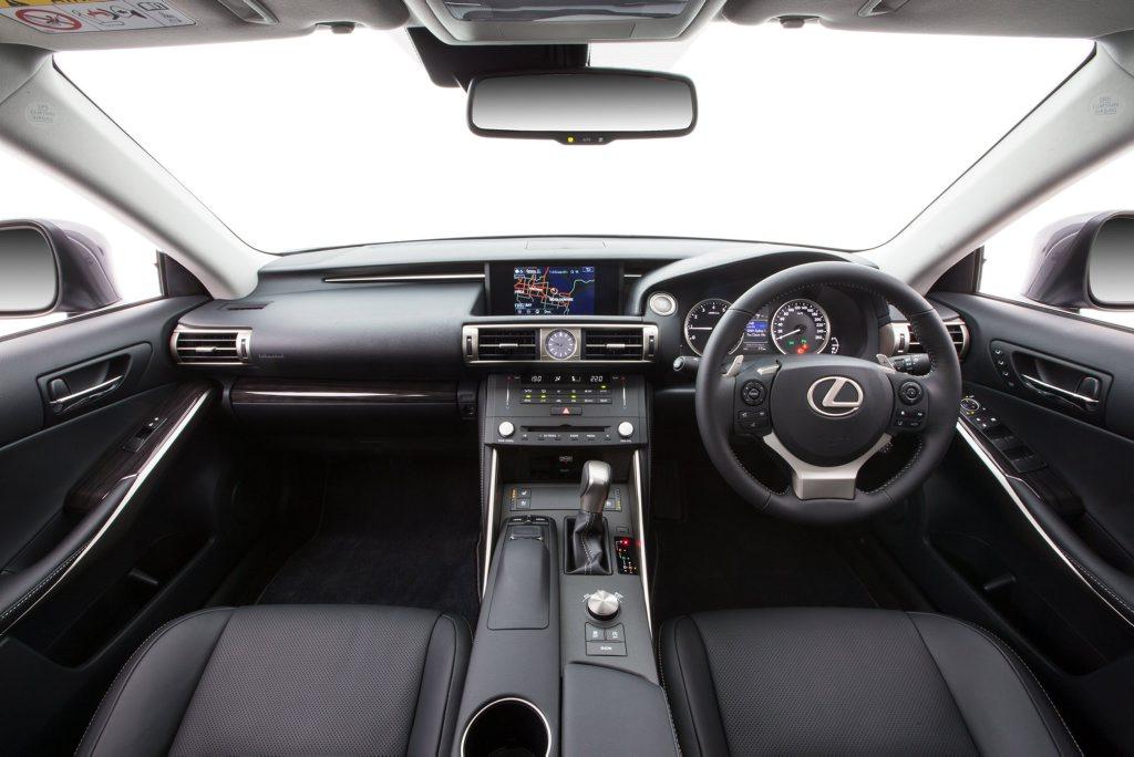 2015 Lexus IS 200t Sports Luxury