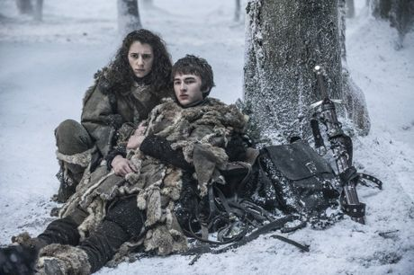 Ellie Kendrick and Isaac Hempstead Wright in a scene from season six episode six of Game of Thrones.