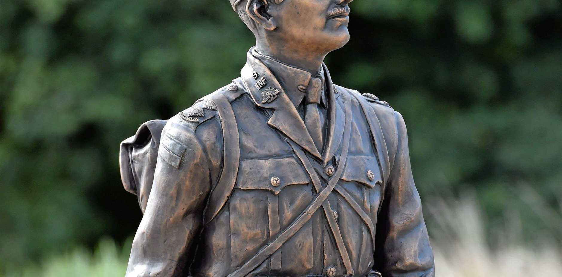 HISTORIC: Duncan Chapman statue in Maryborough.