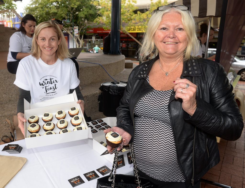 WINTER FEAST: Suzie Clarke and Margaret-Ann Yates with some scrumptious cupcakes. Photo: Mike Knott / NewsMail