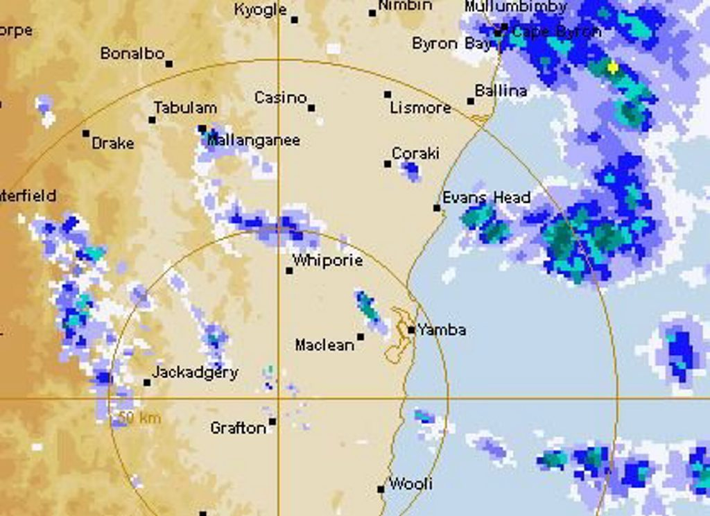 The first light showers extending from the east coast low to hit Grafton fell at 1.45pm on Friday, 3rd of June. The BOM satellite rainfall radar image shows scattered showers throughout the Clarence Valley at 3.40pm.