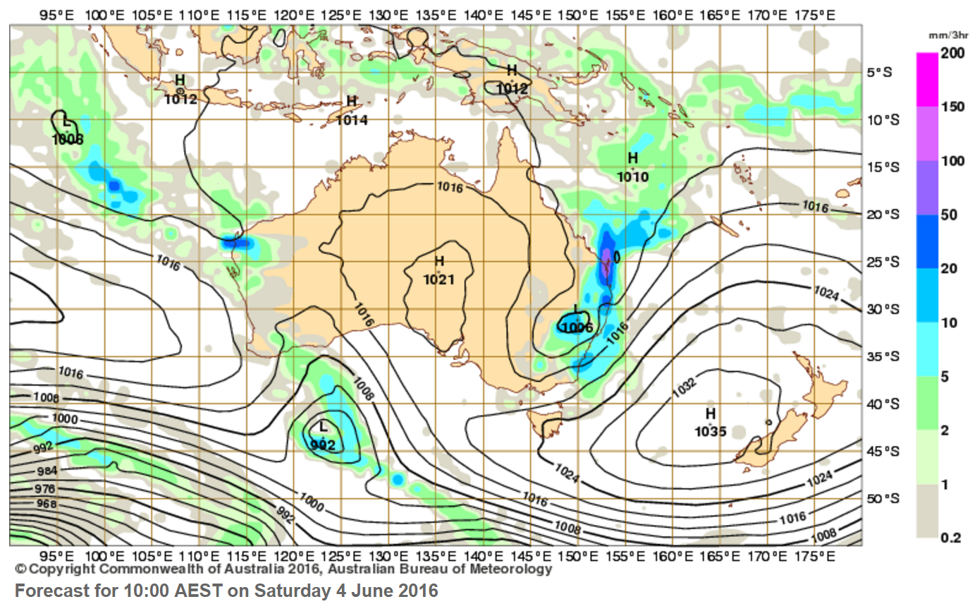 The BOM is predicitng anywhere between 100mm and 250mm to fall on the Coast about 10am on Saturday