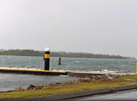 Sunshine Coast on alert for wet and windy weather.  Noosa River.  Photo: John McCutcheon / Sunshine Coast Daily