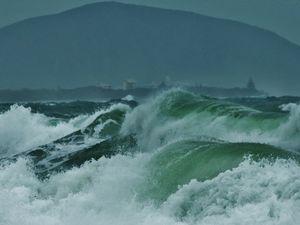 Wild weather on Sunshine Coast