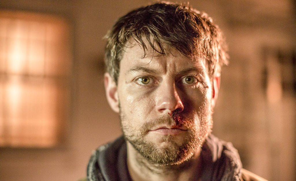 Patrick Fugit stars as Kyle Barnes in the TV series Outcast.
