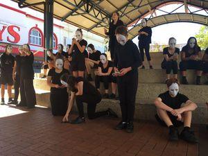 Street theatre performance 2
