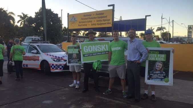 Greens candidate for Dawson Jonathon Dykyj with QTU demonstrators, after police were called.