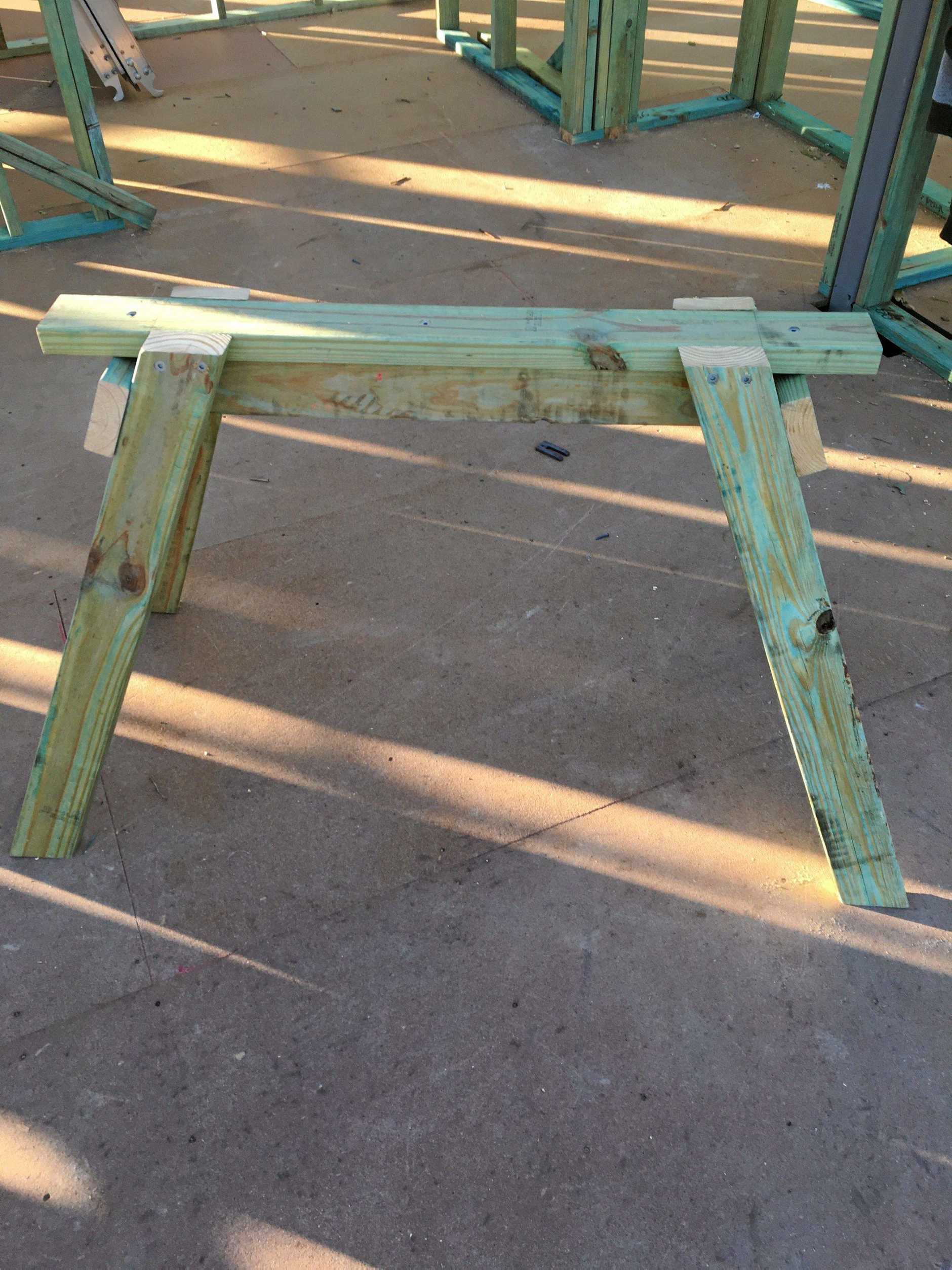 Block star Ayden Hogan shows you how to build a sawhorse form off-cuts of timber.