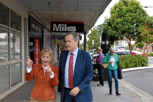 Labor candidate for Page Janelle Saffin and Federal Opposition Leader Bill Shorten in Casino.