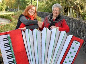 Festivals celebrate lanterns, Lismore, Italy and friendship