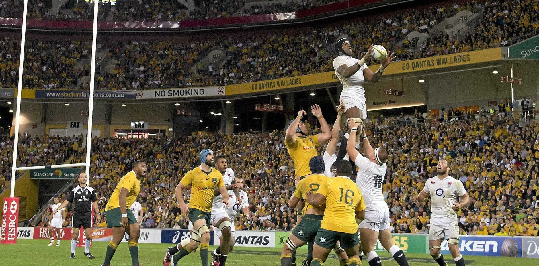 LIVEWIRE England second-rower Maro Itoje wins a line-out ball in the first Test in Brisbane. Picture: AAP Image/Dave Hunt.