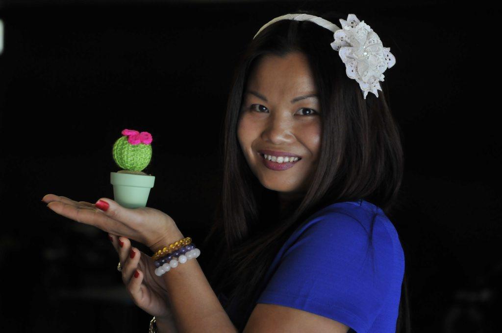 Watch crochet artisan Peekay Plumier work her magic at Cobb and Co.