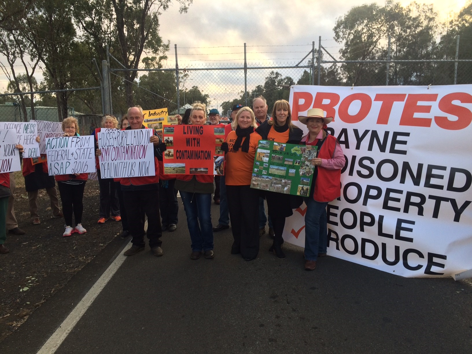 Oakey residents are demanding a meeting with the Minister for Defence.