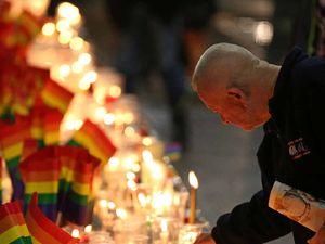 Rockhampton honours Orlando victims with candlelight vigil